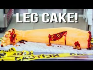How to Halloween bakes his leg Cake