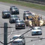 Donald Trump als Präsident unterwegs mit Limousine und Air Force One