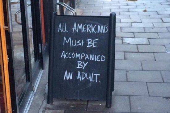 Eintritt für Amerikaner nur in Begleitung eines Erwachsenen