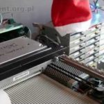 "64 Floppy Drives spielen ""Last Christmas"""