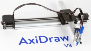 AxiDraw V3: Zeichnungs-Roboter zaubert fix Kunstwerke