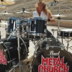 DBD: AGULHA e sutura – Metal Church