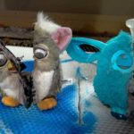 De Creepy bereiding van een Furby