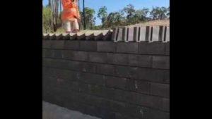 Como a cobrir a parede com o efeito de dominó
