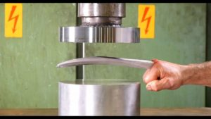 Can a hydraulic press Wolverine's claws bend?
