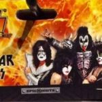 Kiss sell strings voor Air Guitar