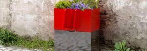 Öffentliche Pissoirs mit integriertem Minigarten