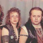 bandas de metal embarazosos
