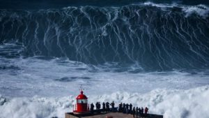 The huge waves of Nazaré in Portugal