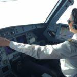 Im Cockpit eines Airbus A320 mit 360°-Video mitfliegen
