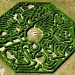 Master of labyrinths