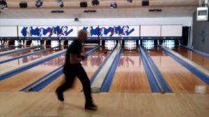 Bowling Rekord: 12 Strikes auf 10 Bahnen in 86,9 Sekunden