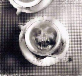 Am Montag aus dem Kaffeesatz lesen