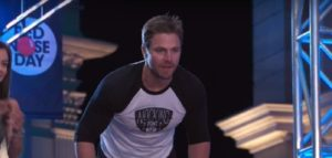 """Arrow""-Star Stephen Amell bei ""American Ninja Warrior"""