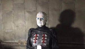Hellraiser: Doug Bradley se desliza por primera vez 12 Años atrás a su traje cabeza de alfiler