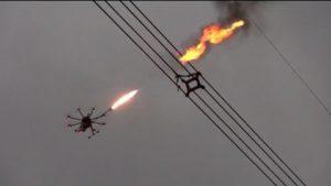 In China helfen Flammenwerfer-Drohnen Müll zu entsorgen