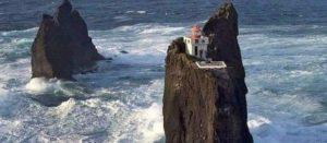 Der Þrídrangar-Leuchtturm in Island