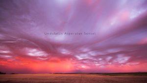 Undulatus Asperatus Sunset: Asperitas-Wolken im Zeitraffer