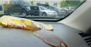 Warum bei Hitze auch Gummibärchen nicht im Auto eingesperrt werden sollten