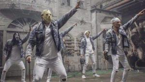 "Horror-Ikonen gründen ""Slashstreet Boys"" per un video musicale divertente"