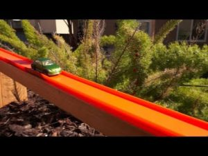 Über 40 Meter lange Hot Wheels Rennbahn