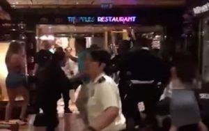 Wenn eine italienische Grossfamilie auf einem Kreuzfahrtschiff durchdreht