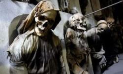 Katakomben in italienischen Kloster gefüllt mit Tausenden Leichen